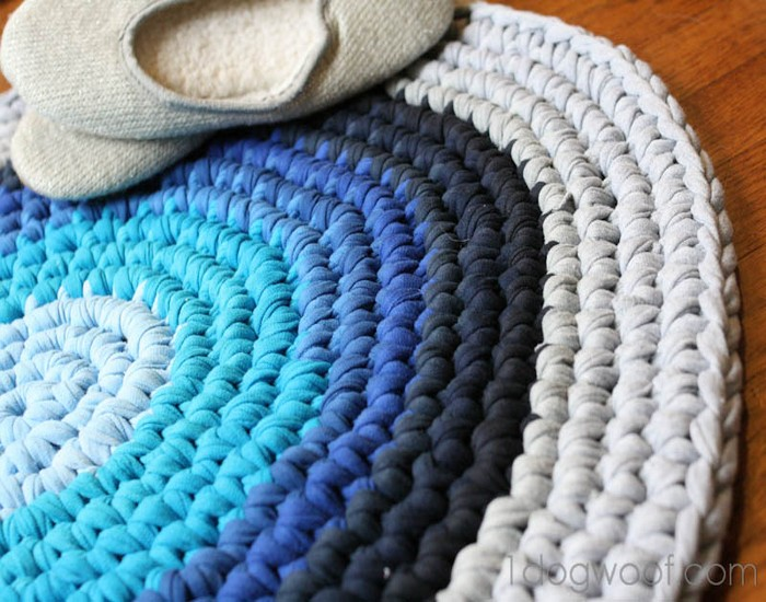 DIY Crochet Rug Repurposed T Shirt Designs