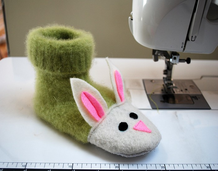 DIY Fuzzy Bunny Kids Slippers Pattern
