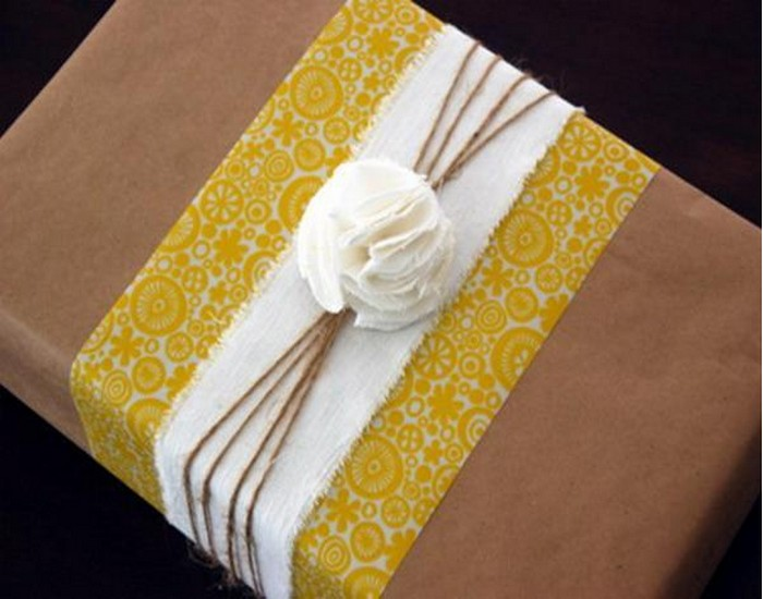 DIY Recycled Material Romantic Gift Boxes