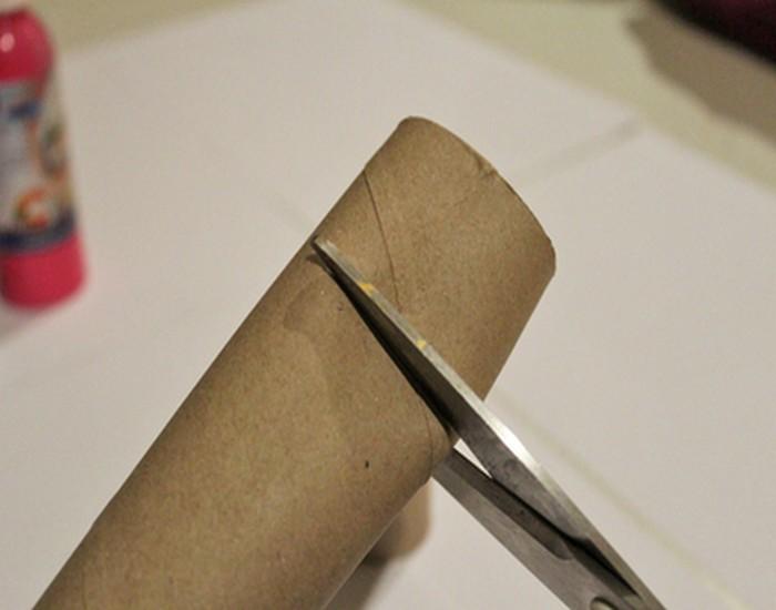 DIY Toilet Roll Neckles Jewelry Ideas
