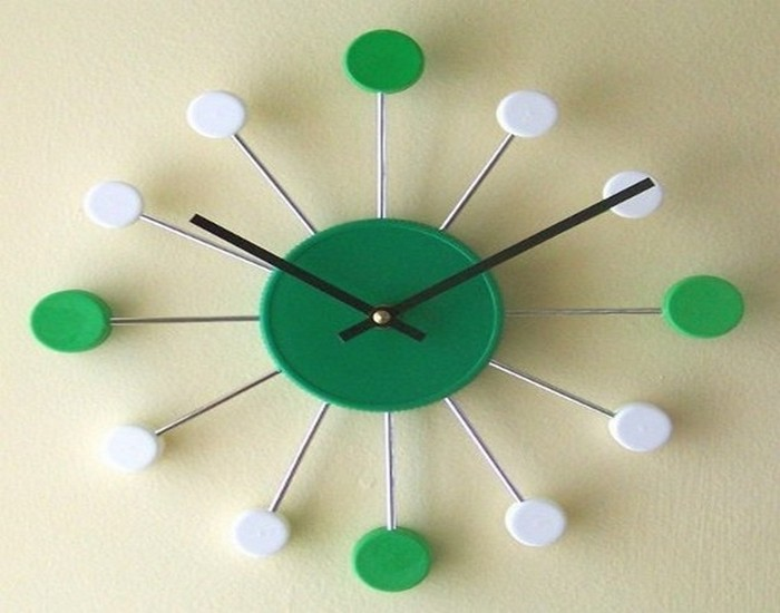 Recycled Bottle Caps Clock