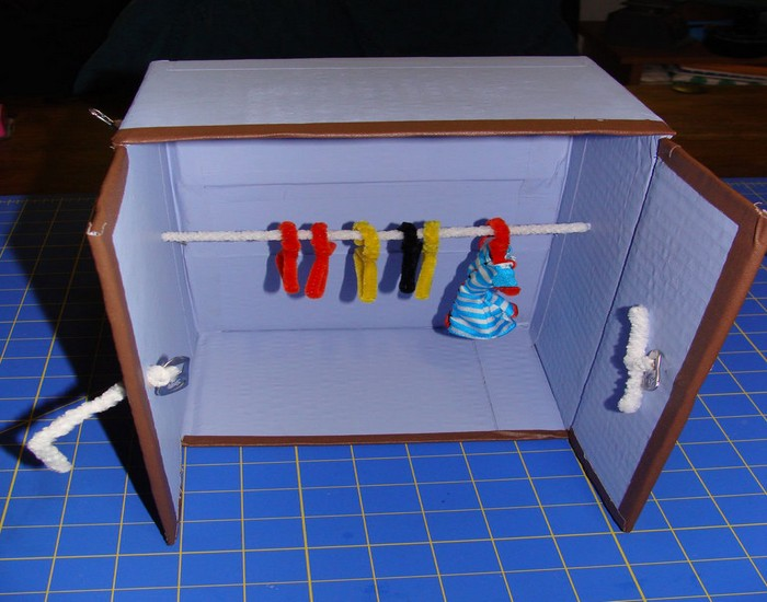 DIY Recycled Material Doll Idea Closet