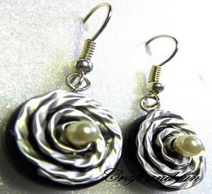 DIY Attractive Recycled Earrings Prepared with Coffee Capsules