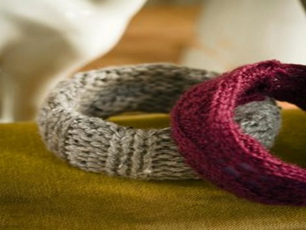 Recycled Sweaters Bracletes
