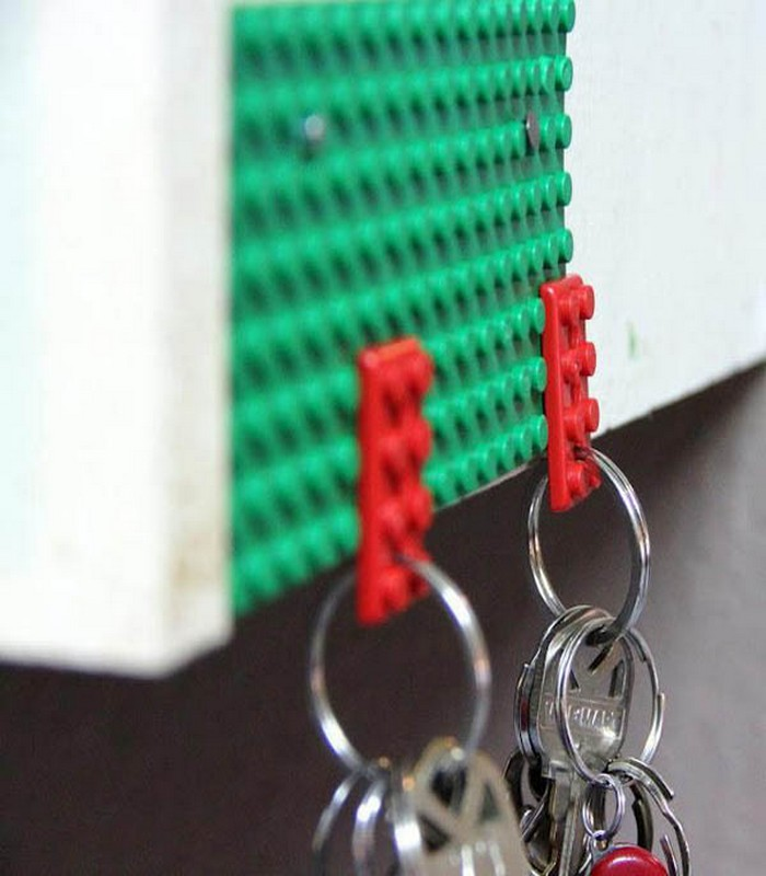 Use Old Lego Pieces As a Key Holder