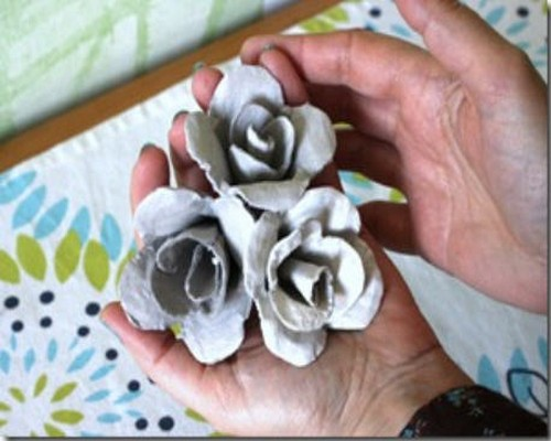 Beautiful Pink Roses from Recycled Egg Carton
