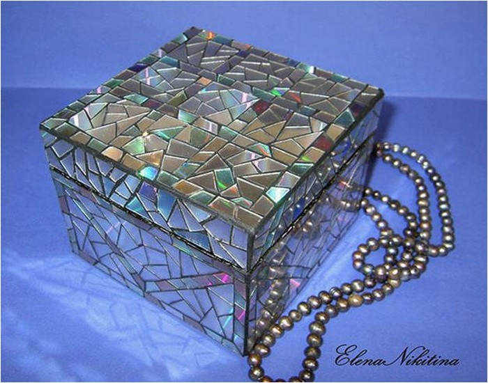 Recycling CDs Making Jewelry Box