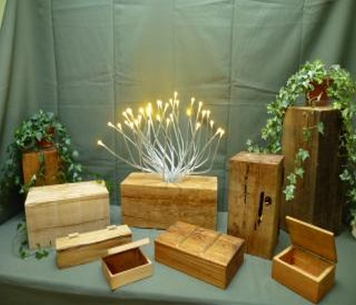 Recycled Wood Decoration Pieces