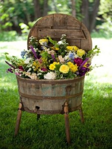 Recycled & Reclaimed Wood Crafts Ideas