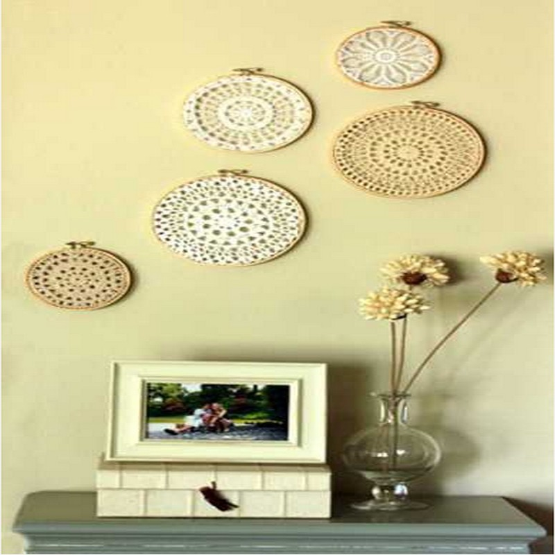 Diy recycled crafts wall decor ideas recycled things for Wall decoration items