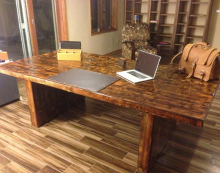 Reclaimed wood brown desk for your home