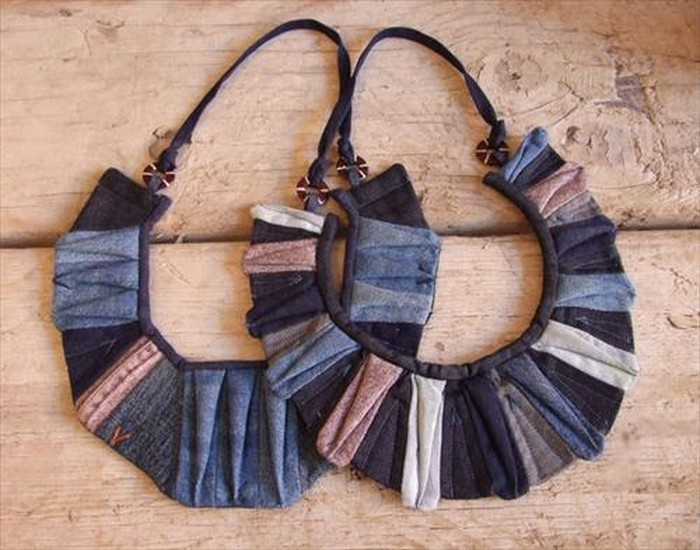 DIY Recycled Old Jeans Jewelry