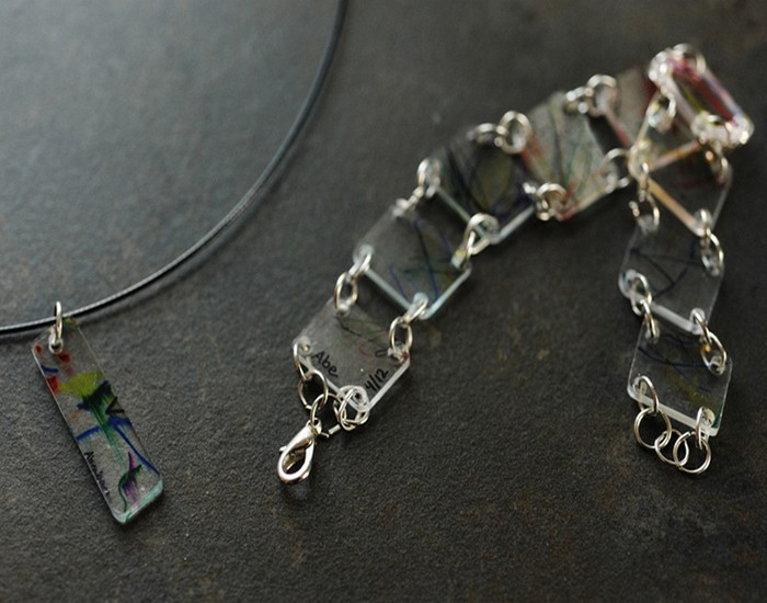 Recycled Plastic Jewelry Idea