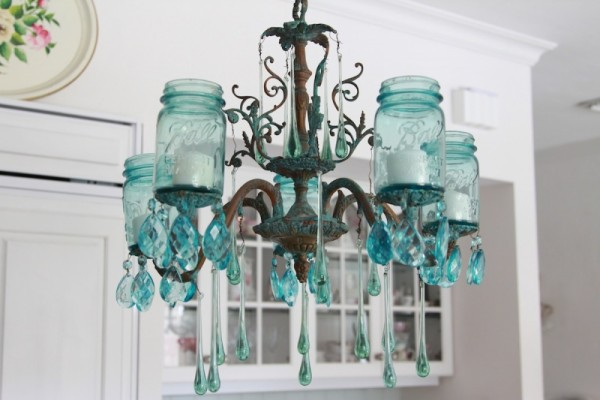DIY Mason Jars into Awesome Chandelier