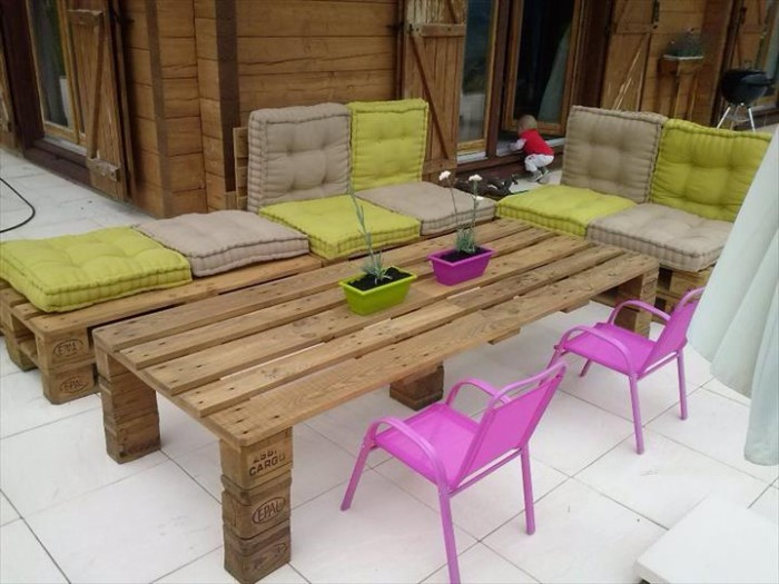 diy recycled wooden pallet outdoor furniture