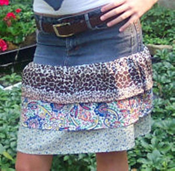 Old Blue Denim into Awesome Skirt
