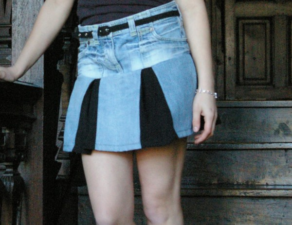 Old Blue Jeans into Skirt