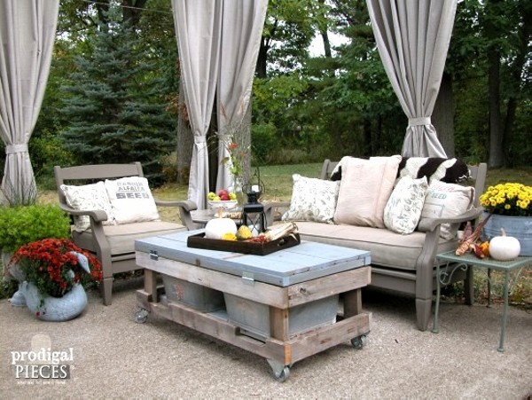 Upcycled unique patio furniture ideas recycled things for Outdoor deck furniture ideas