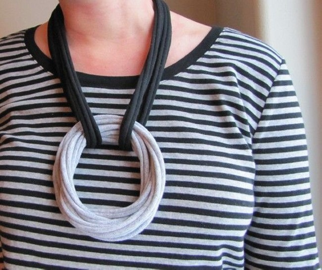 Recycled Black & Gray T-shirt Nacklace