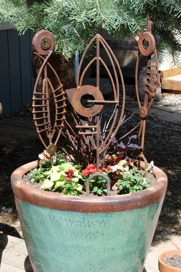 Recycled Metal Decor Idea