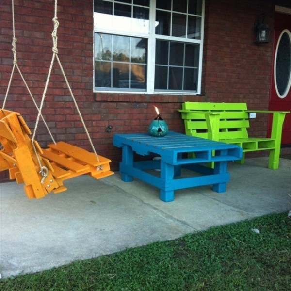Recycled Pallet Furniture Chairs
