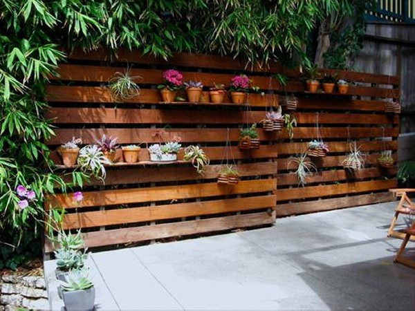 Recycled Pallets for Patio Decor