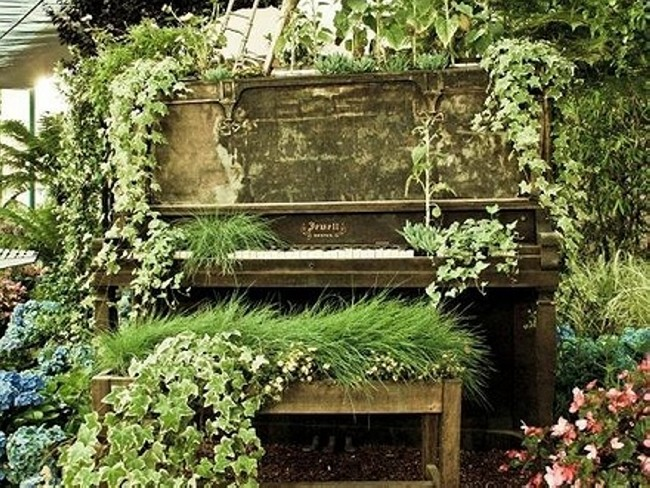 Recycled Piano Garden Decor Idea