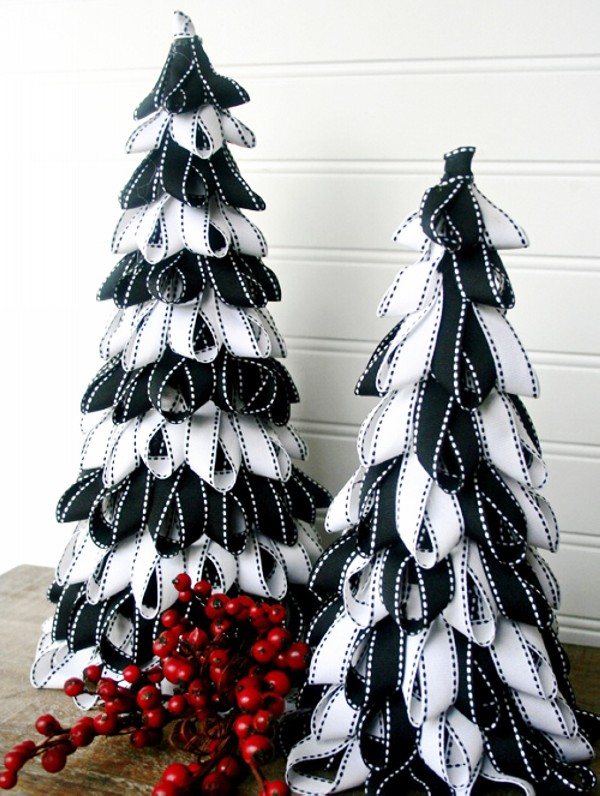 Christmas Tree Using Recycled Materials.Recycled Materials Chistmas Tree Crafts Recycled Crafts