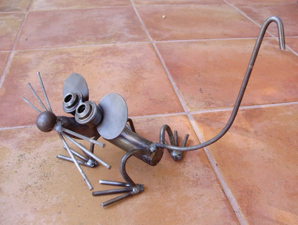 Repurposed Metal Mouse
