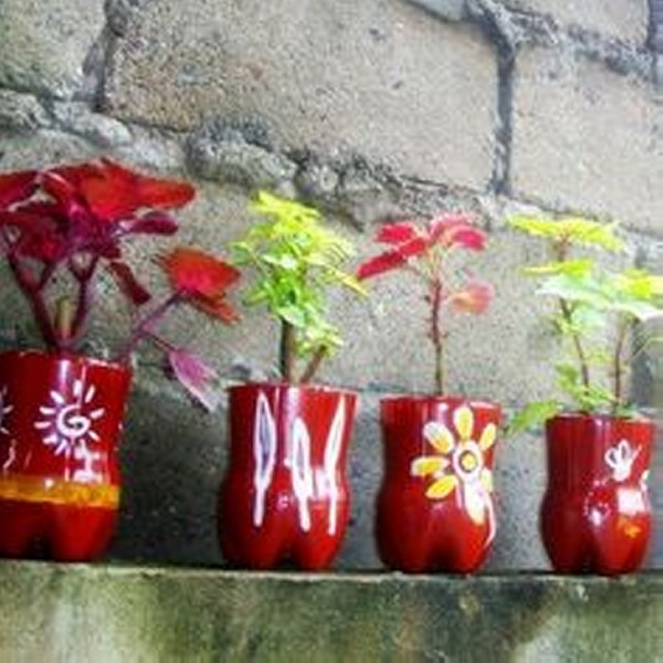 Source   Repurposed Plastic Bottle Half Flower Pots. Easy and Innovative Plastic Bottles Recycling   Recycled Things