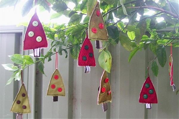 Upcycled Christmas Decor Craft
