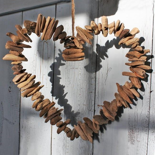 Upcycled Driftwood Heart Decoration