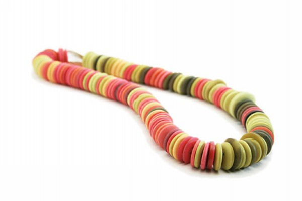 DIY Recycled Buttons Necklace