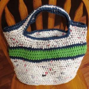 DIY Recycled Plastic Bag Purse