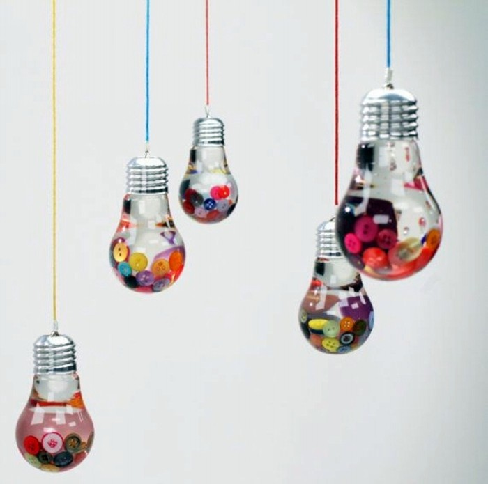 Recycled Bulbs Decoration
