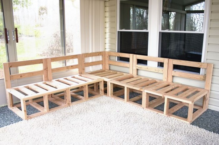 DIY Recycled Pallet Patio Furniture Projects Things