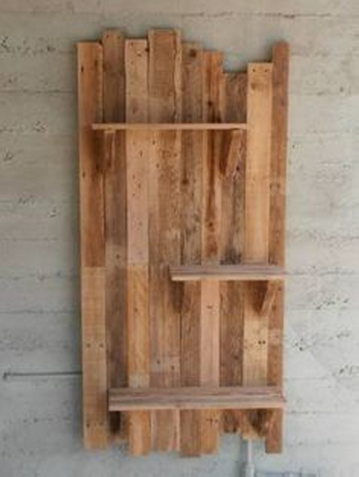 Diy projects made with recycled pallet recycled things for What can you make with recycled pallets