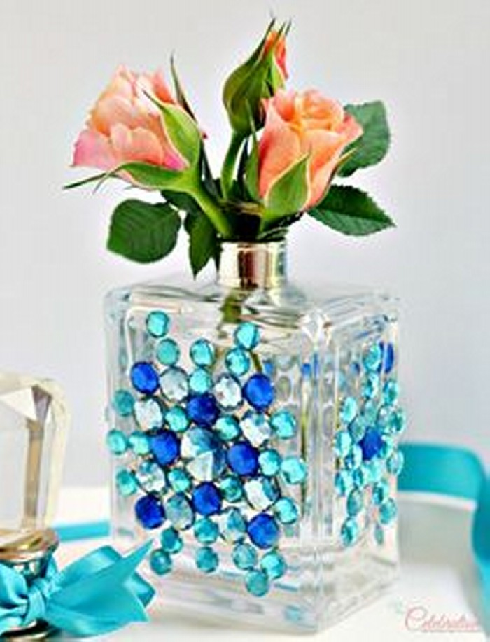 Recycled perfume bottles decoration pieces recycled things - Things for decoration ...