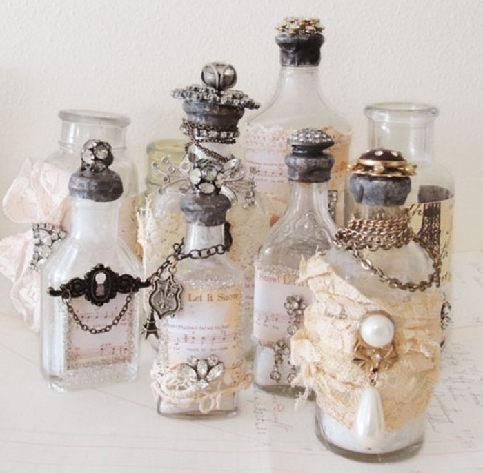 Recycled perfume bottles decoration pieces recycled things for Empty bottle decoration ideas