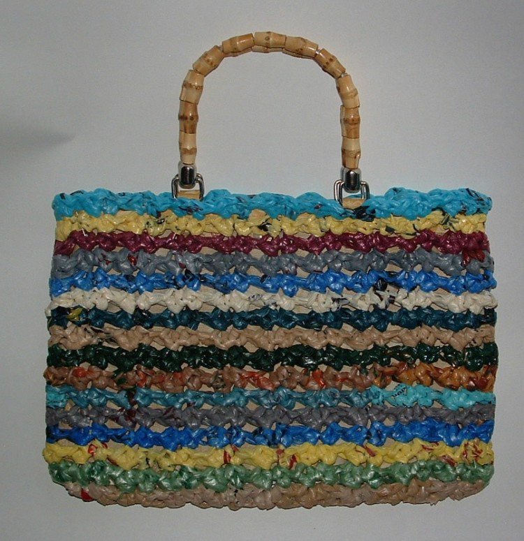 Recycled Plastic Bags into Purse