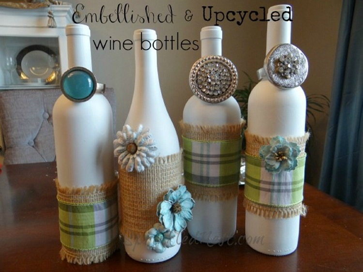 recycled wine bottles unique decorations recycled things. Black Bedroom Furniture Sets. Home Design Ideas