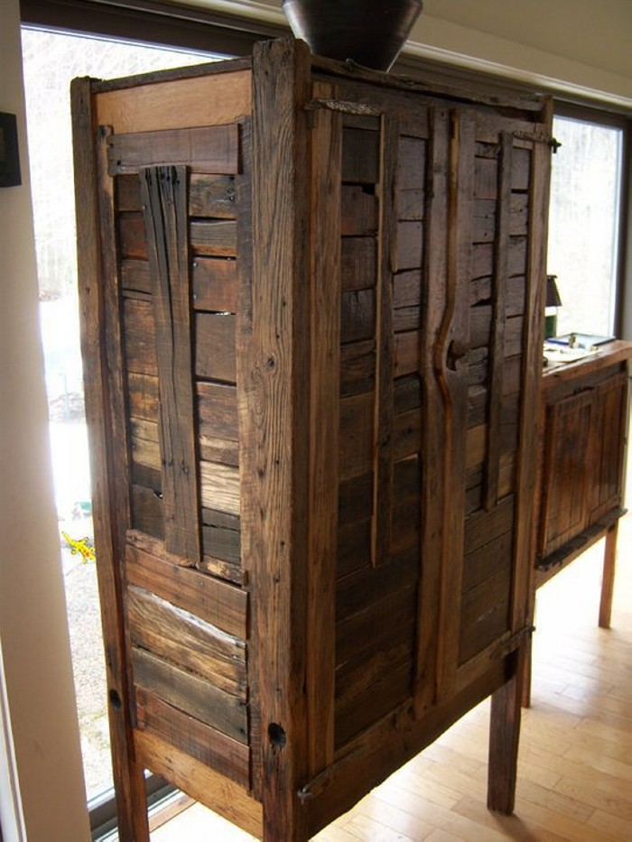 Diy projects made with recycled pallet recycled things - How to make rustic wood furniture ...