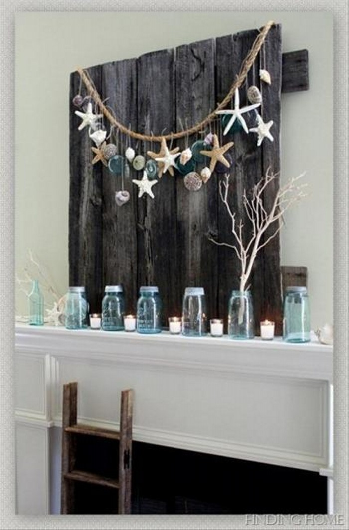 Diy wall decorating with recycled material recycled things for Home decor ideas from recycled materials
