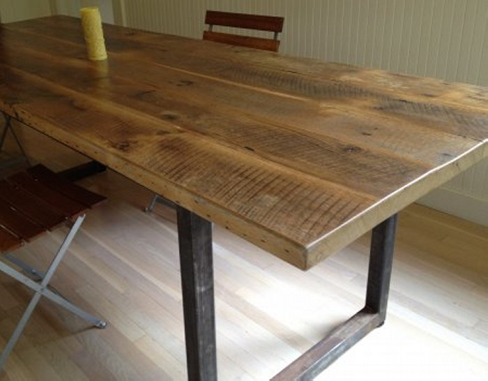 Reclaimed wood dining table designs recycled things for Wooden dining table designs