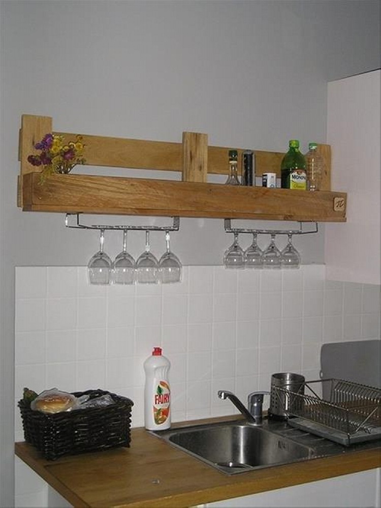 Kitchen shelves made from wooden pallet recycled things for Kitchen shelf ideas