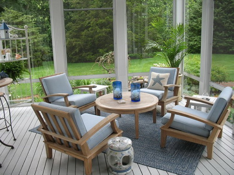 Patio furniture ideas recycled things for Outdoor furniture for small front porch