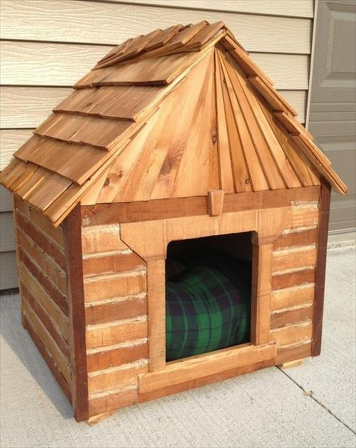 Dog House Out Of Pallets Recycled Things