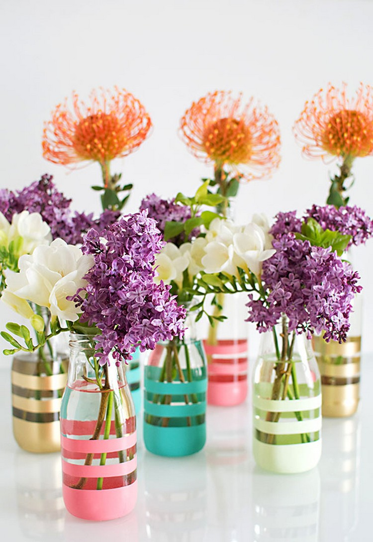 Diy flower vase projects recycled things flower vase idea diy colorful vases from glass bottles reviewsmspy