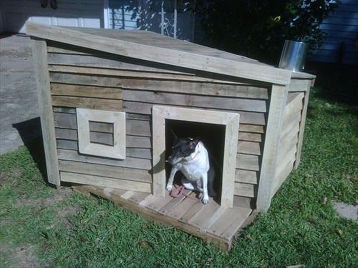 dog house out of pallets recycled things With how to build a dog house out of pallets