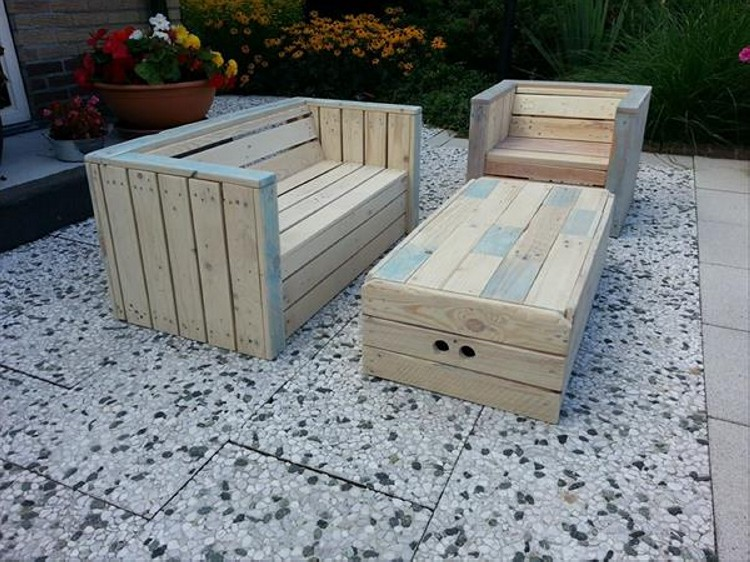 Pallet Outdoor Furniture Plans | Recycled Things